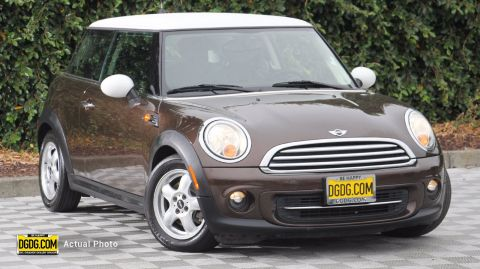 Pre-Owned 2011 MINI Cooper Cooper